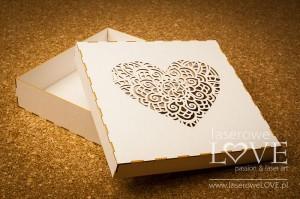 Pudełko Serce Indiana na kartkę/album, 16x16 cm, z beermaty