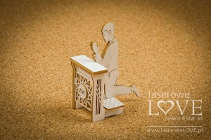 Chipboard -  Boy on a kneeler, 3D - Holy & White