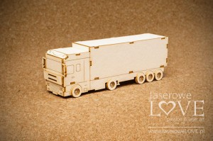 Chipboard - Big truck 3D